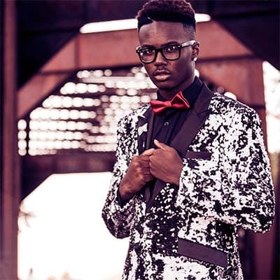 Bling Menswear Online Whether you're in the mood for men's shirts, tees or hoodies with a hint of sparkle, or looking to buy a fully blinged-out suitcoat, SequinQueen has got you covered