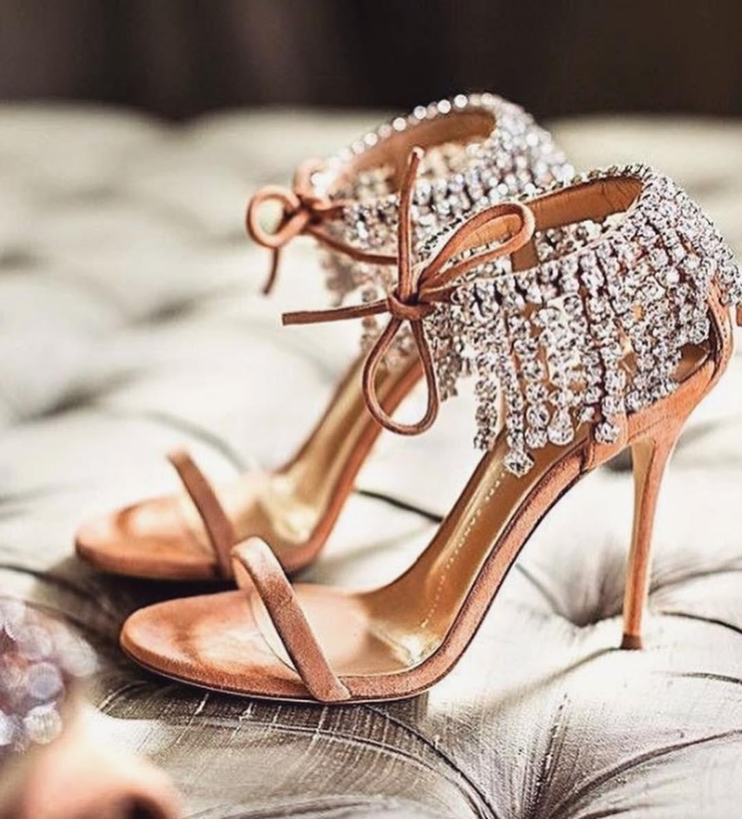 Suede Heel T-Strap Sandals with Hanging Rhinestones.