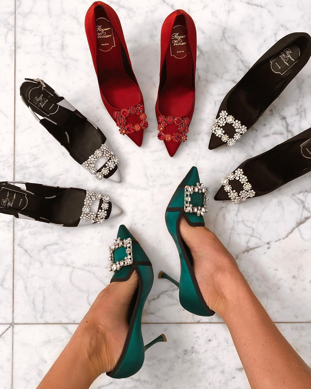 Pointed Toe Heels Shoes with Crystal Buckles.