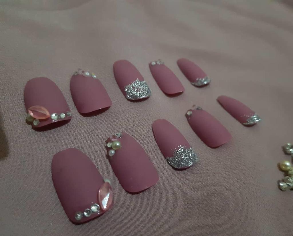 Matt Dark Pink Fake Finger Nails with Rhinestones and Glitters Art