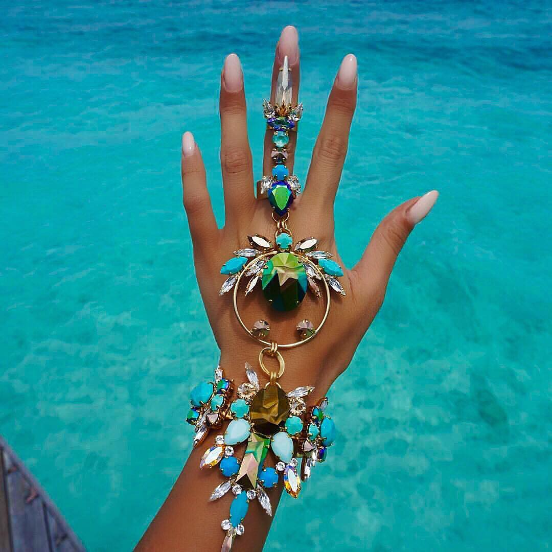 Best Jewelry Online: Turquoise and Iridescent Bracelet with Ring