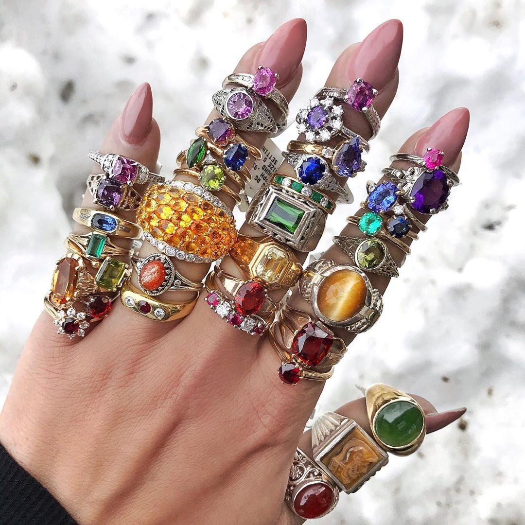 Best Jewelry Online: Colourful Diamonds and Gems Jewelry Online