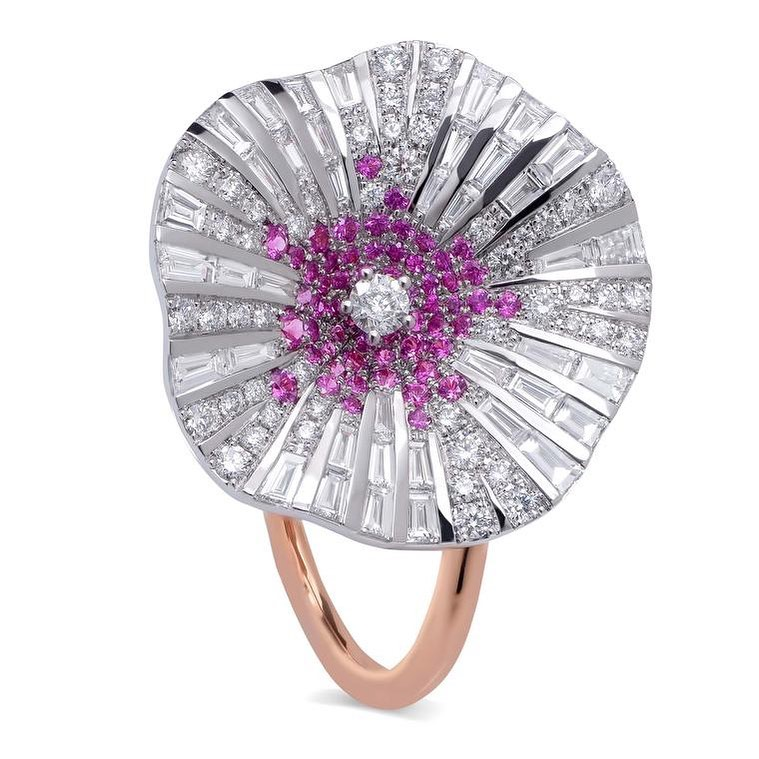 Best Jewelry Online: White and Pink Diamonds on Rose Gold Flower Inspired Ring