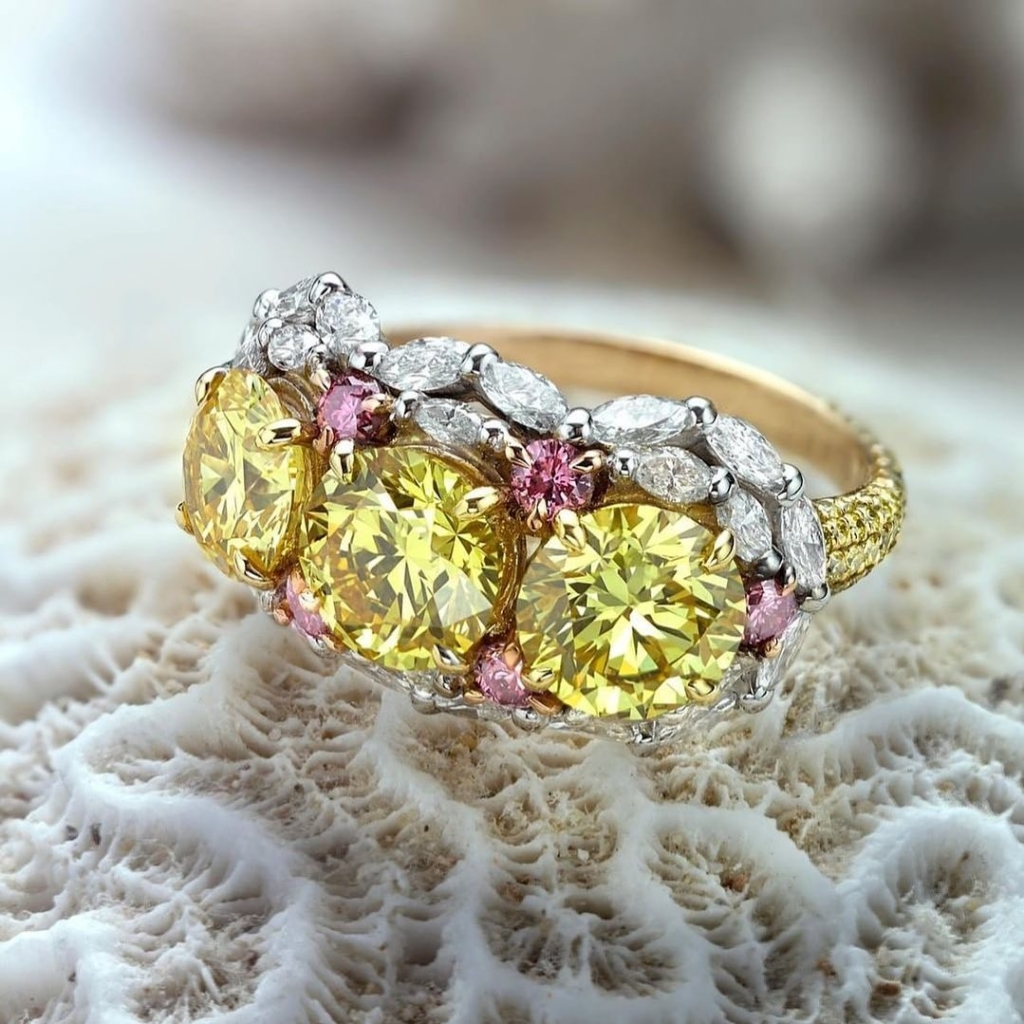 Yellow Pink and White Diamond Ring in Yellow Gold
