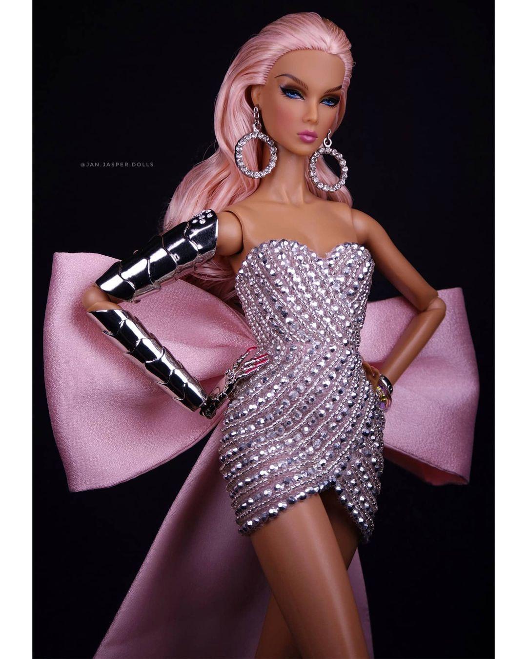 Bling Dolls Glittering Sequin and Beade Short Sweetheart Neck Dress