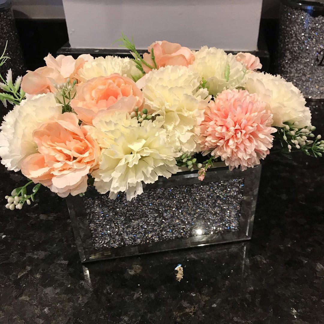 Bling for Your HOME Glittering Rhinestone Flower Vase for Center Table
