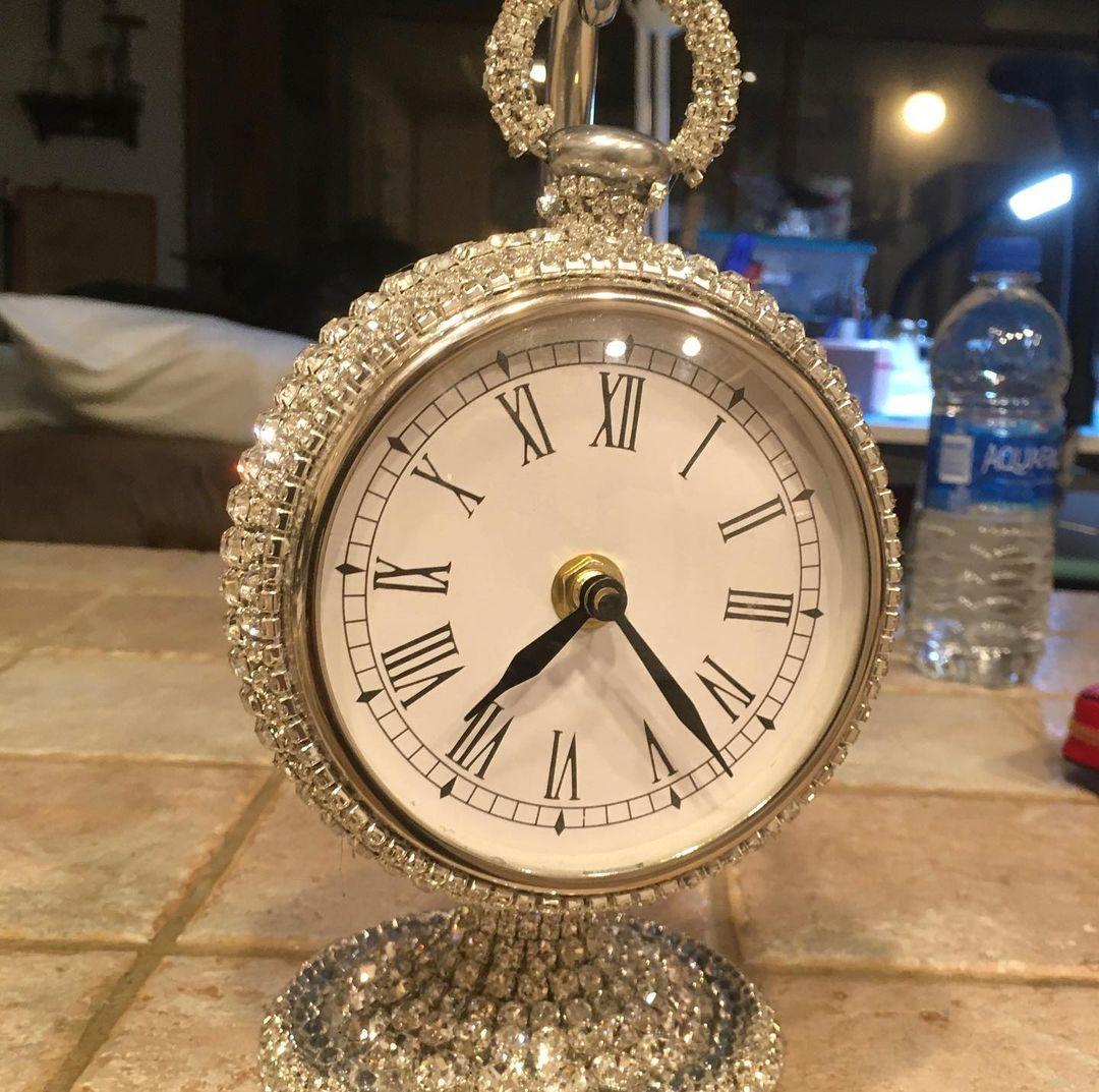 Glittering Silver Rhinestones Standing Clock