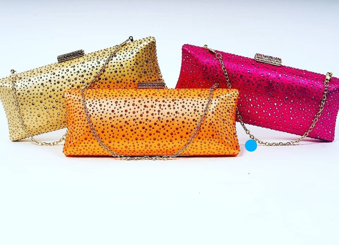 Reina Raindrop Rhinestones Clutch with Chain Strap BLING BAGS to Update Your Glamour Accessories