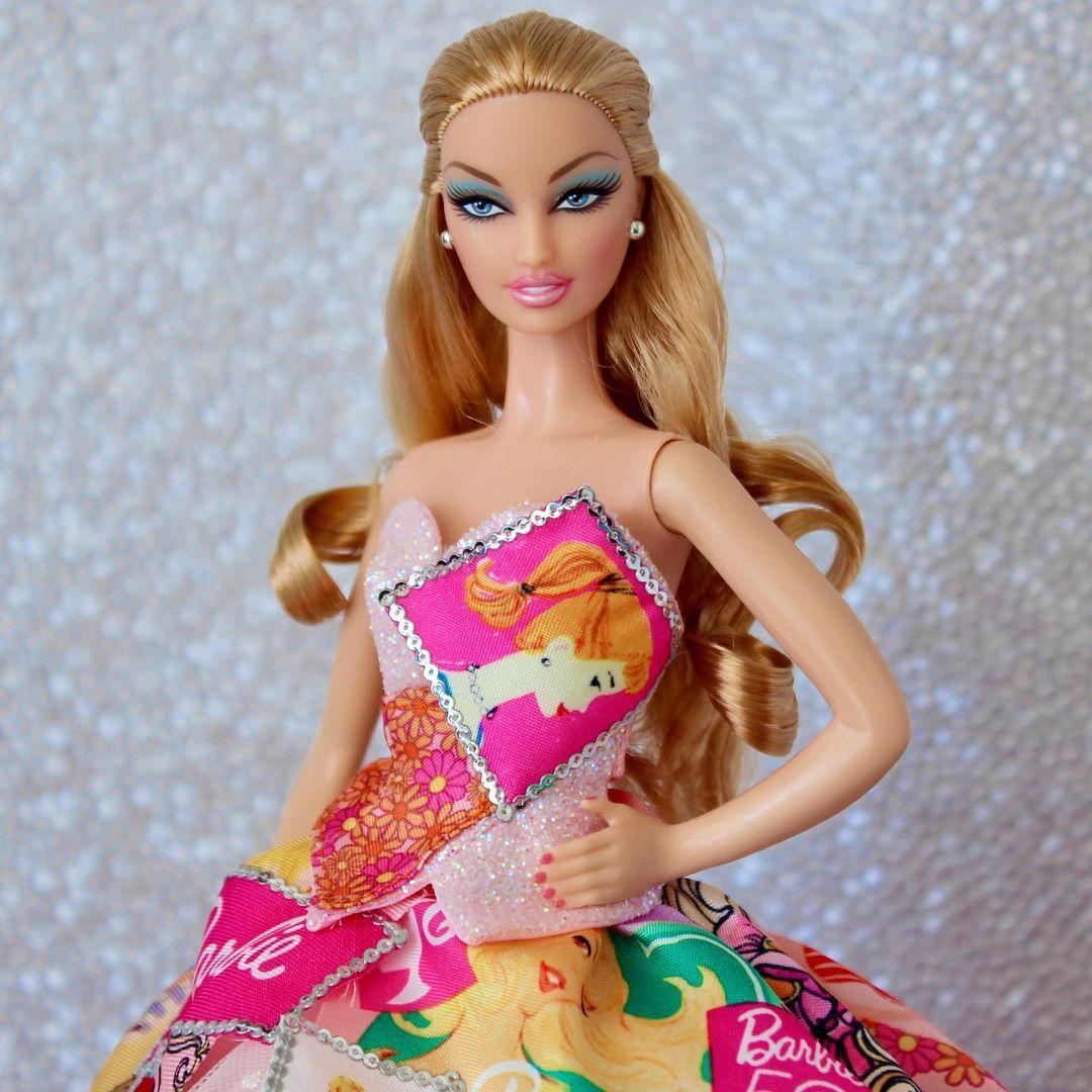 Bling Dolls Multi-Color Sequin Short Sleeveless Dress with Sweetheart Neckline
