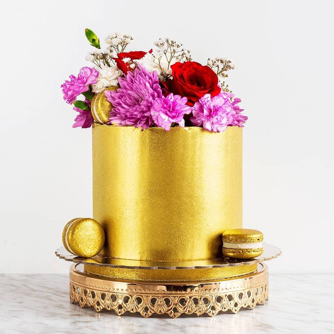 Gold Bling Food Glittering Gold Butter Cream Cake