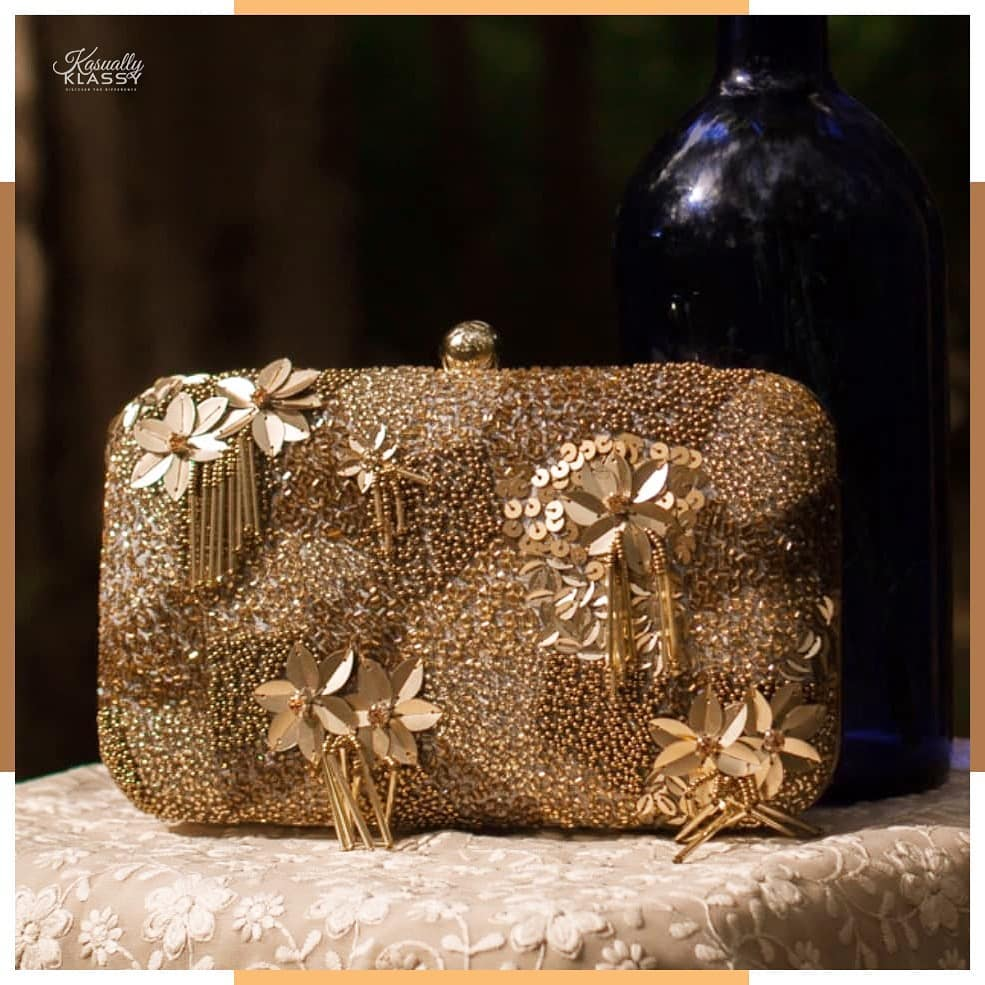 Glittering Evening Gold Sequin Clutch BLING BAGS to Update Your Glamour Accessories