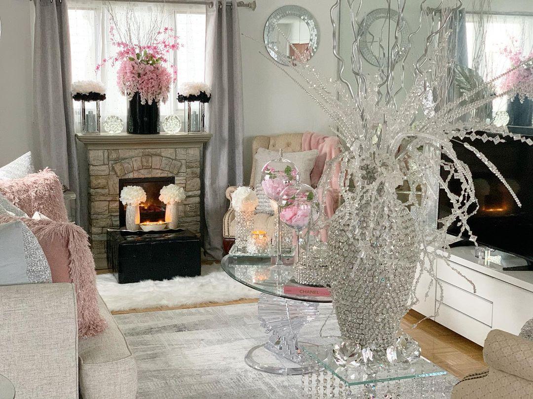 Bling for Your HOME Glittering Crystal Center Table Flower Vase