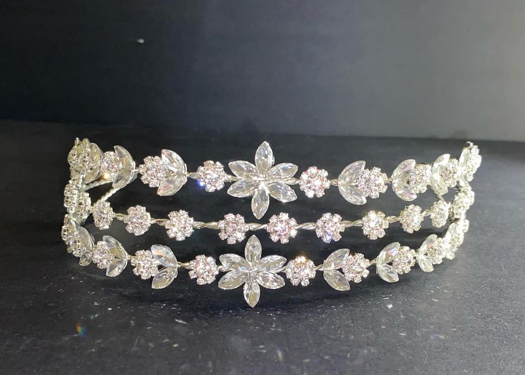 3-Lines Silver Headpiece with Rhinestones in Floral Pattern