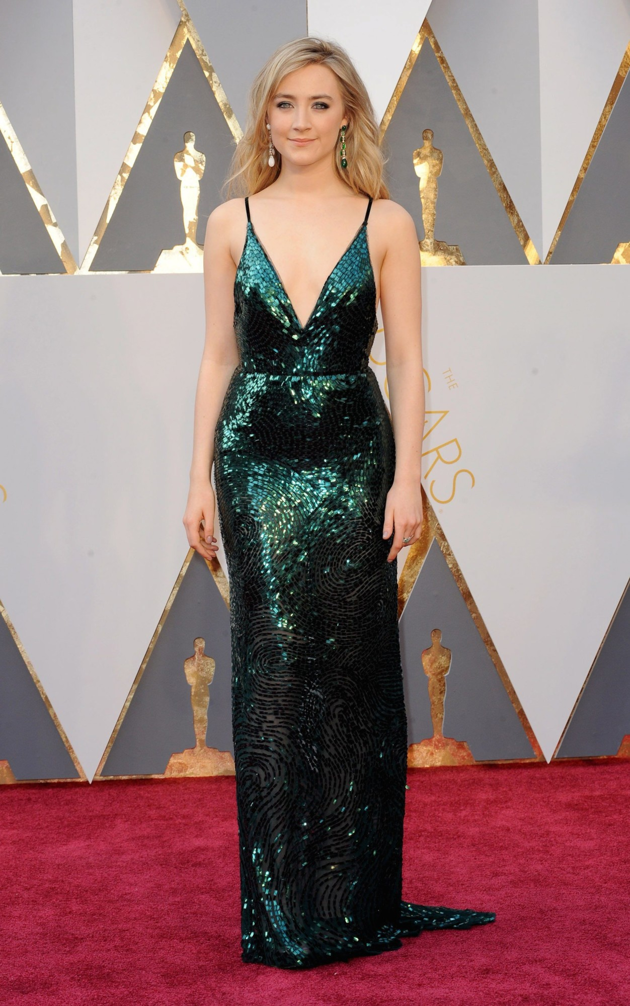 Red Carpet bling Stephanie Bauer in Her Long Green Sequin Gown with A Deep V-Neck