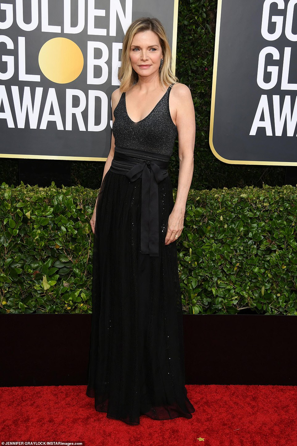 Red Carpet bling Michelle Pfeifer Wears A Black Glittering Top with Sequined Skirt Gown