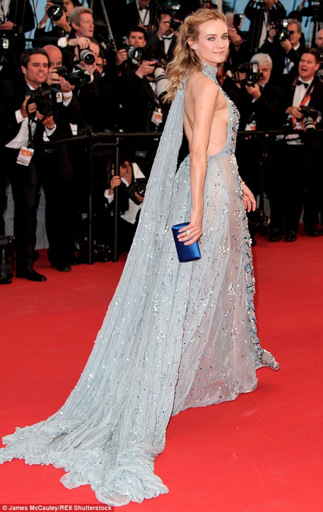 Red Carpet bling Diane Kruger In Her Blue Halter Necked Frock with A Flowing Train with Sequins
