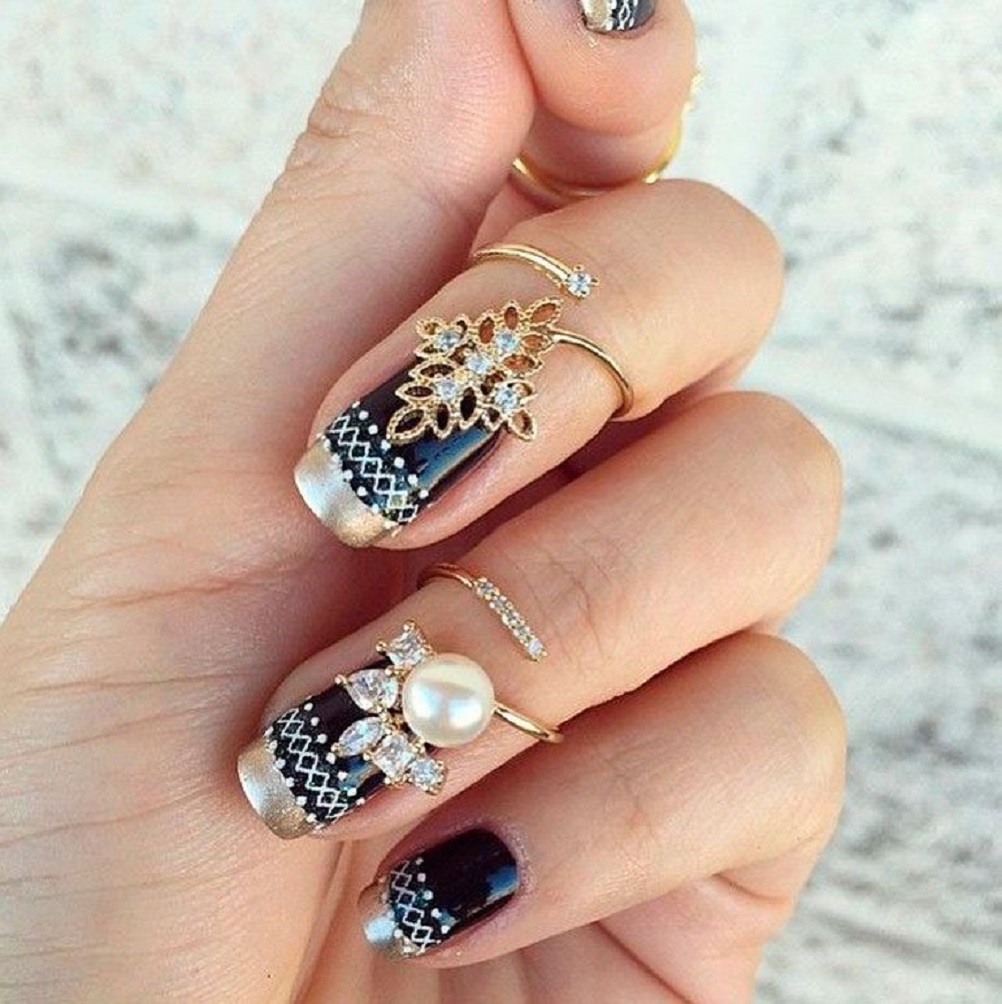 Nail ring bling Gold Flower Design Nail Rings with Rhinestones and White Pearl