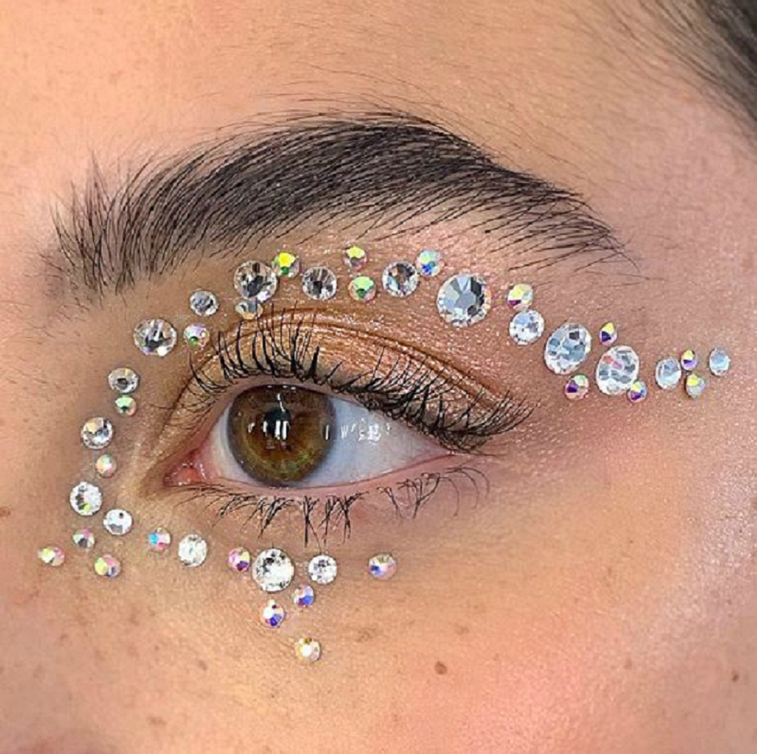 Bling makeup Silver Glittering Rhinestones Around The Eye