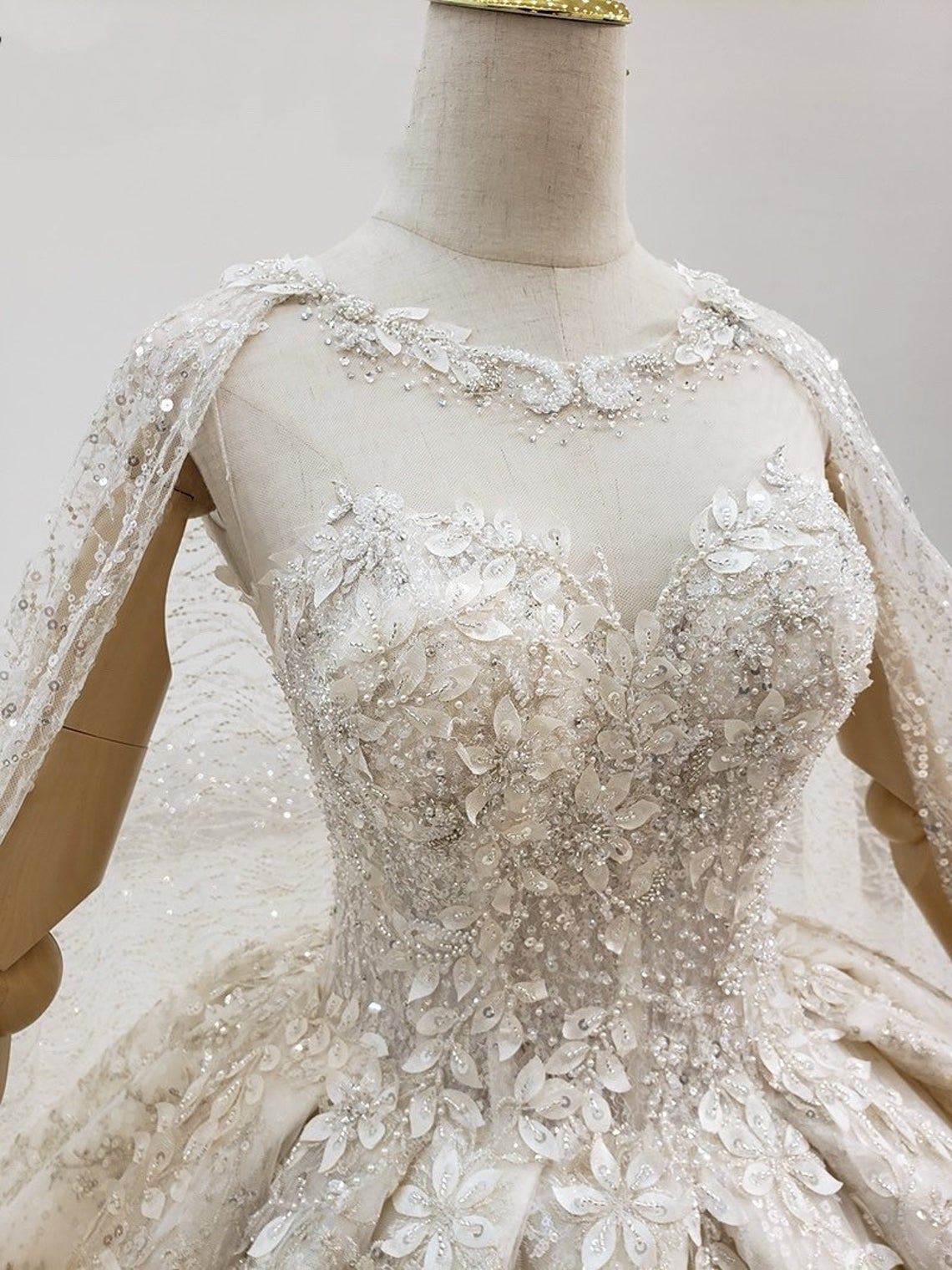 Wedding dress bling Luxury Crystal Beaded Embroidery Bling Wedding Dress