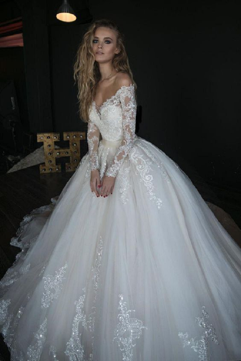 Wedding dress bling Off The Shoulder, Sweetheart Neckline with Long Sleeves Wedding Gown