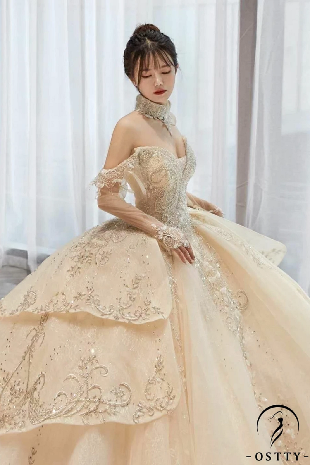 Beige Ball Gown Tulle Appliques Short Sleeve Wedding Dress With Train