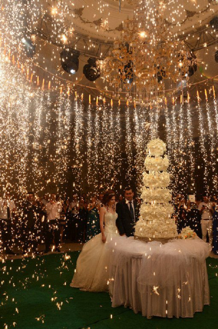 Bling wedding receptions Now This Is Really Some Sparkle On The Big Day