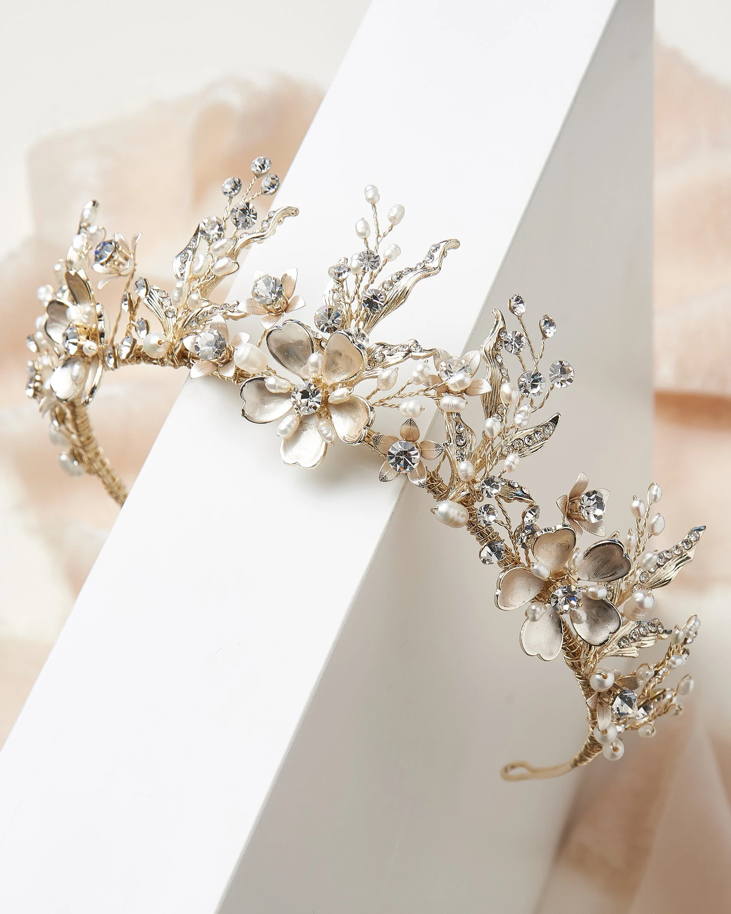 Bling wedding accessories Rose Gold Floral Bridal Tiara with Glittering Rhinestones