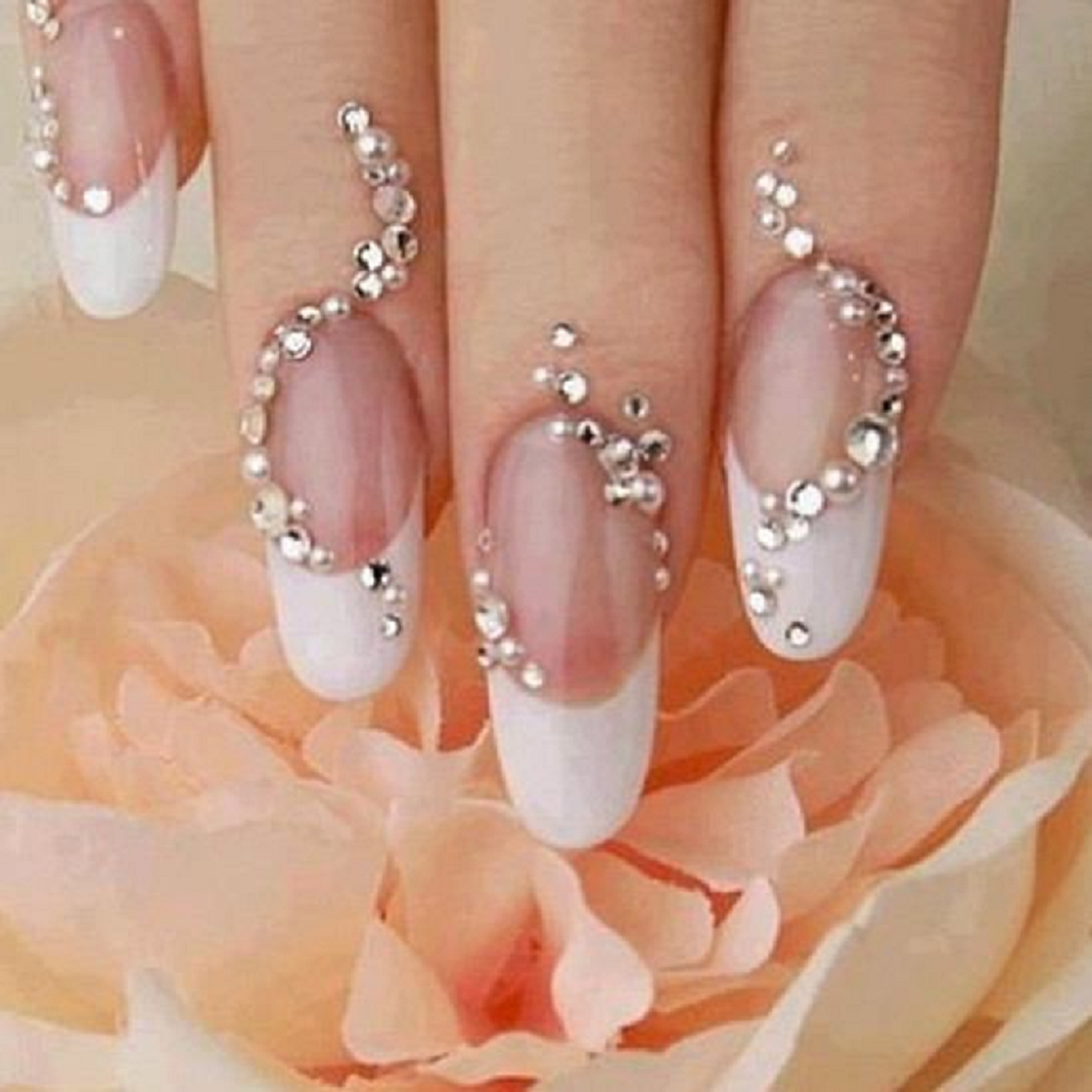Bling wedding accessories Nail Sparkle On Your Big Day