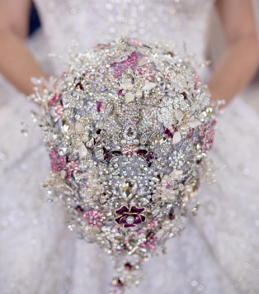 Bling wedding accessories Elegant Hand Made Full Brooch Teardrop Bridal Brooch Bouquet