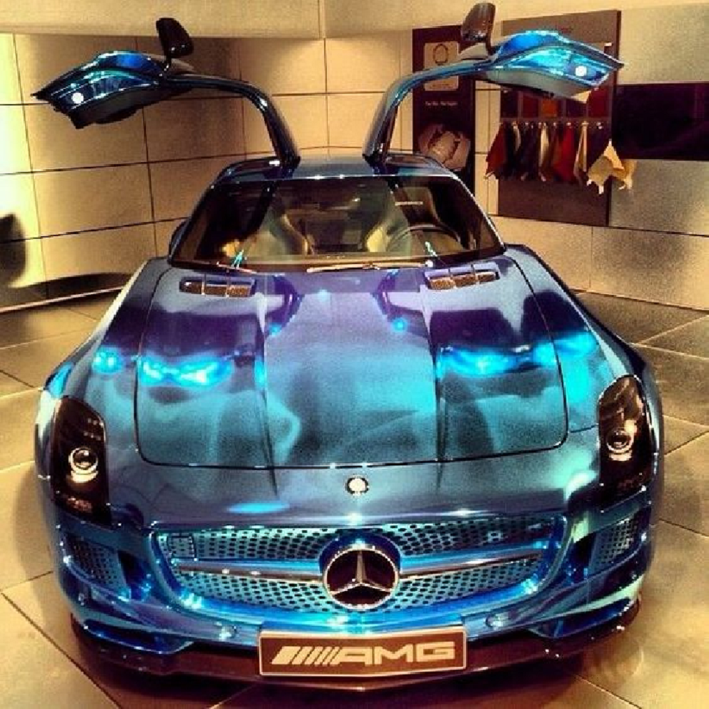 Bling wrapped cars Shining Purple and Blue Wrapped Mercedes with Silver Trims