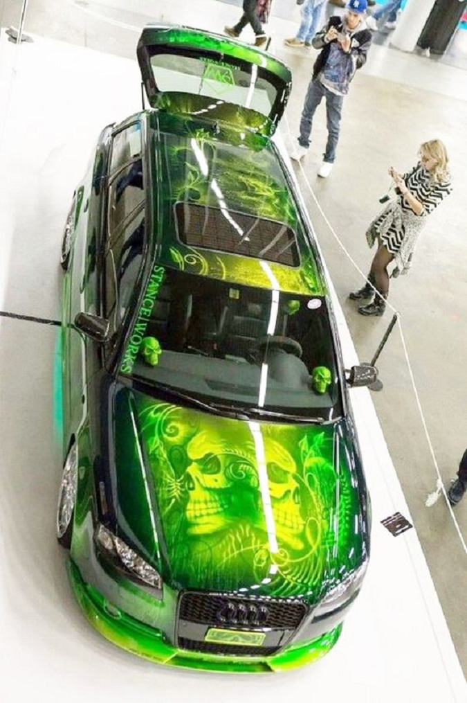 Bling wrapped cars Shining Super Cool Audi Car Painting with Black Accents