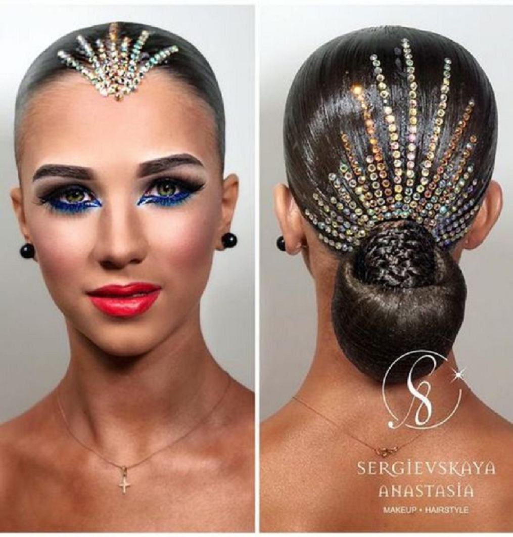 Bling hair accessories Crystal Rhinestones with The Classic Ballroom Hairstyle and On Forehead