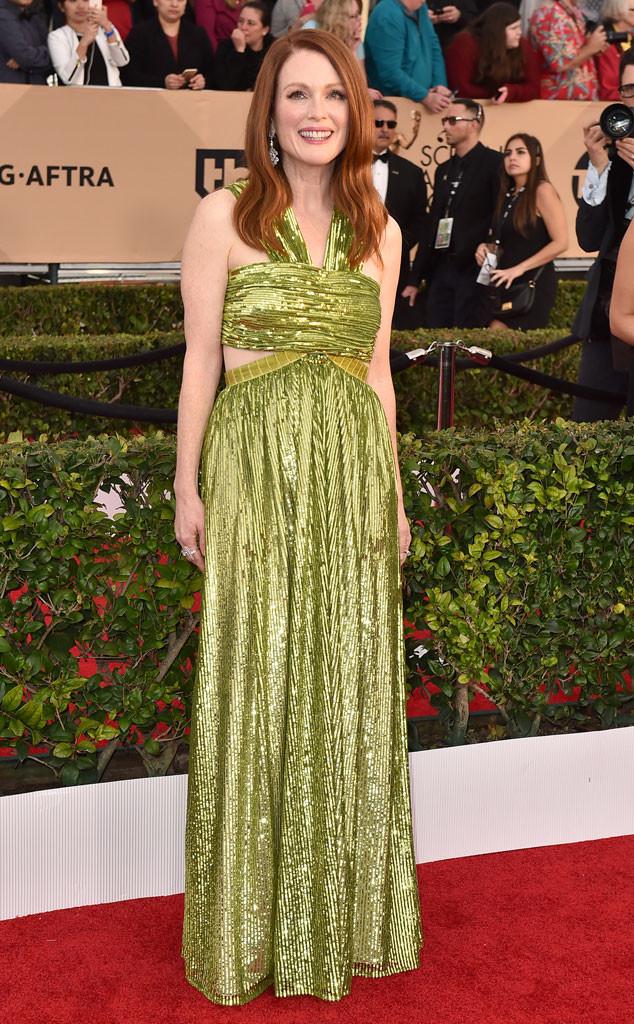 Julianne Moore Wears A Green Long Sleeveless Sequin Gown