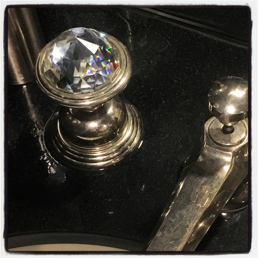 Bling for your bathroom Clear Crystal Faucet Knob Bling