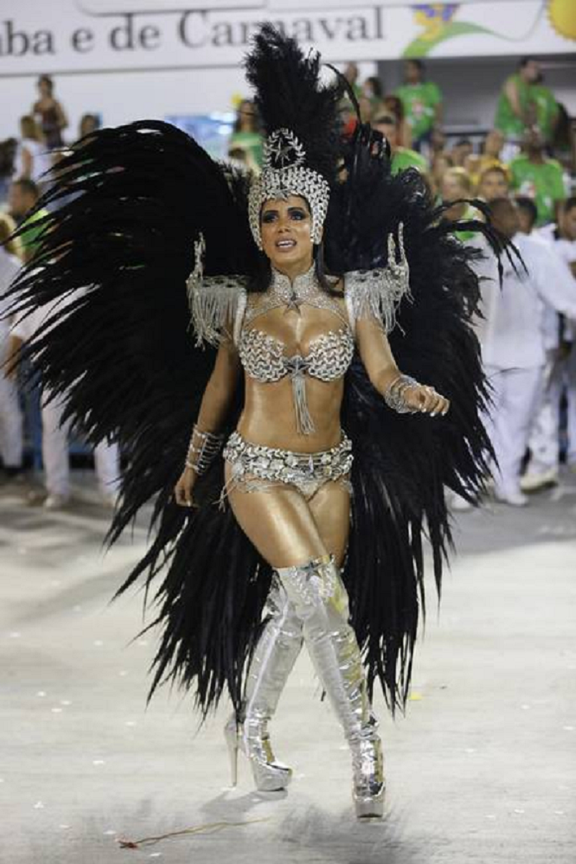 Bling carnival costumes Silver Sequin and Beads Bra and Pantie with Glittering Head Piece and Knee Heigh Boots