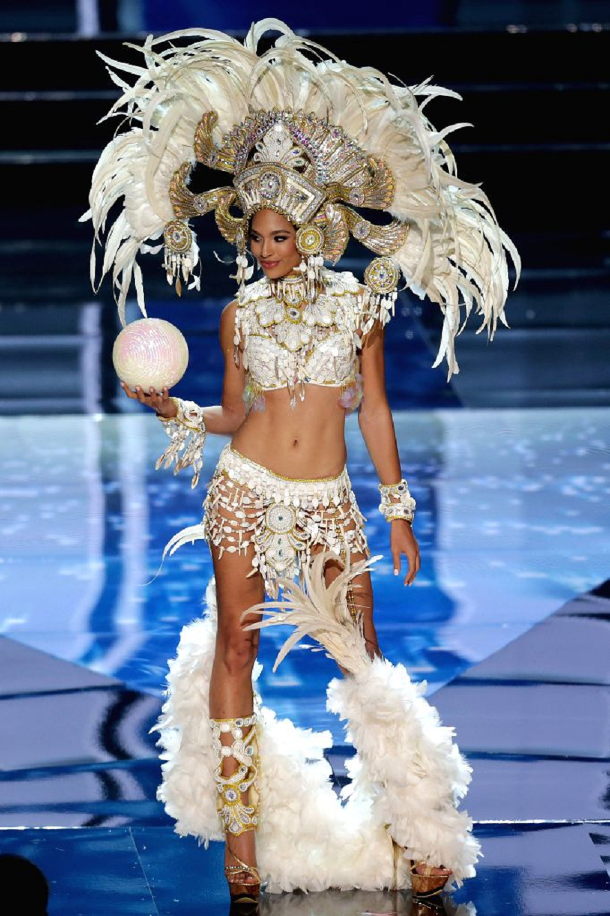 Bling carnival costumes Glittering All White Rhinestones and Beaded Bikini with Gladiator Style Sandals and Grand Head Piece