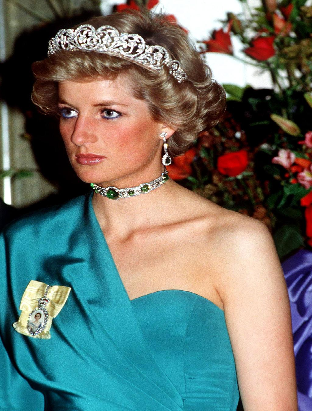 Royal bling Princess Diana's Emerald and Diamond Choker Necklace and The Spencer Family Tiara
