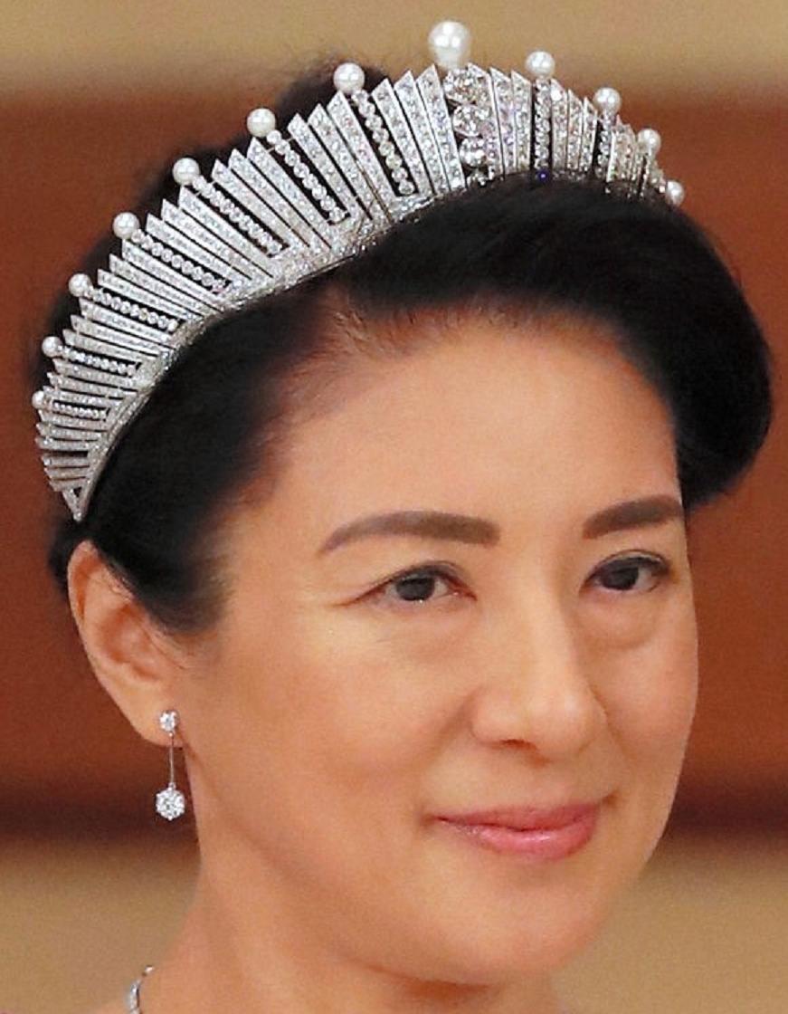 Royal bling Empress Michiko of Japan's Pearl And Diamond Glittering Tiara