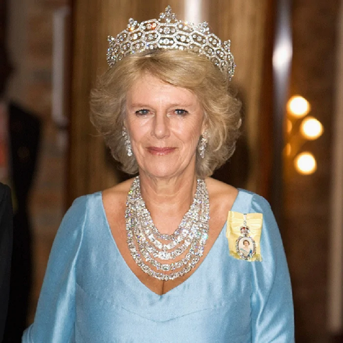 Royal bling Duchess Camilla's Incredible Royal Glittering Diamond Crown with An Equally Imposing Necklace To Match