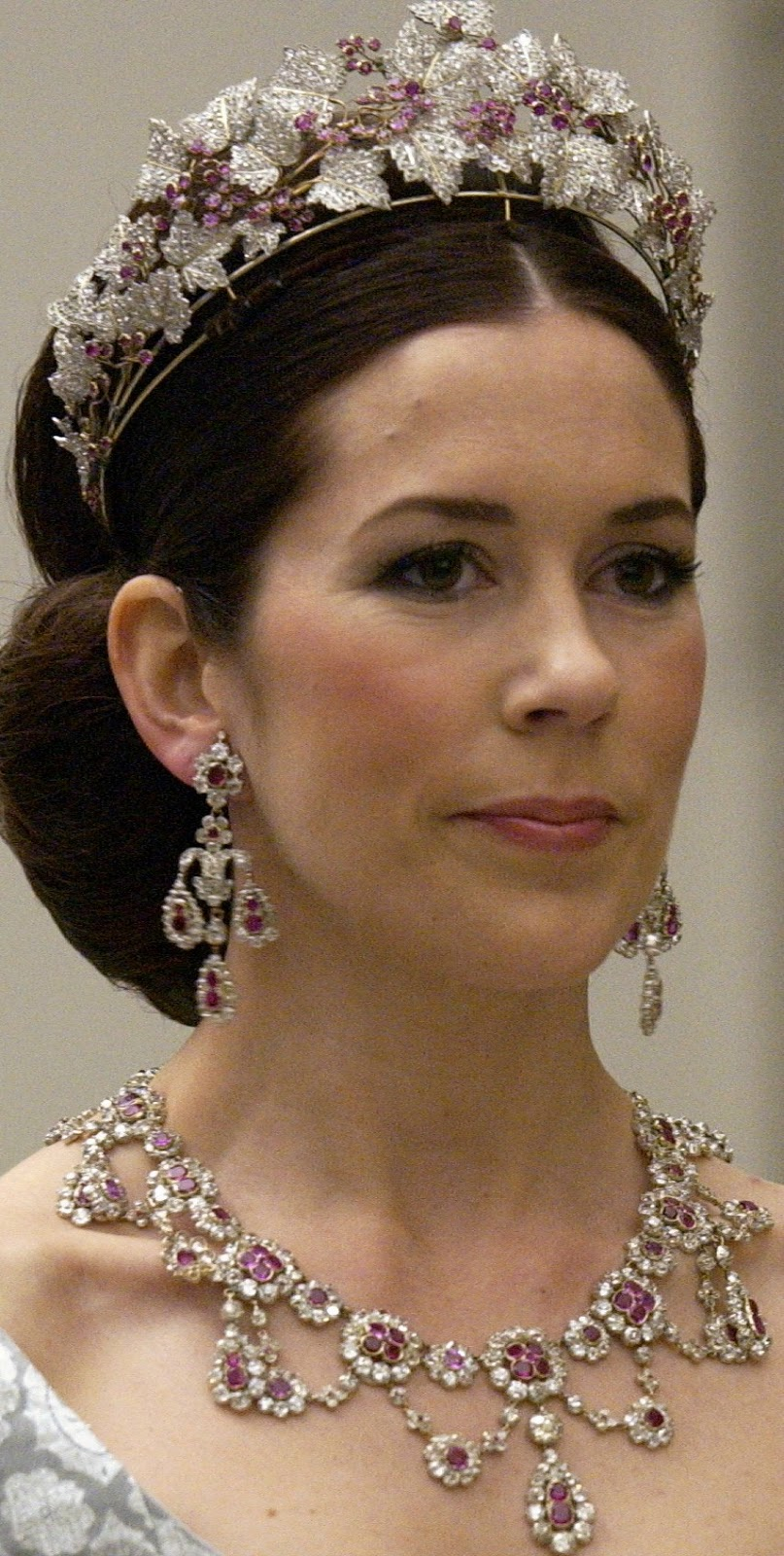 Royal bling Princess Mary of Denmark Wearing Queen Ingrid's Ruby Parure Tiara with Matching Earrings and Necklace