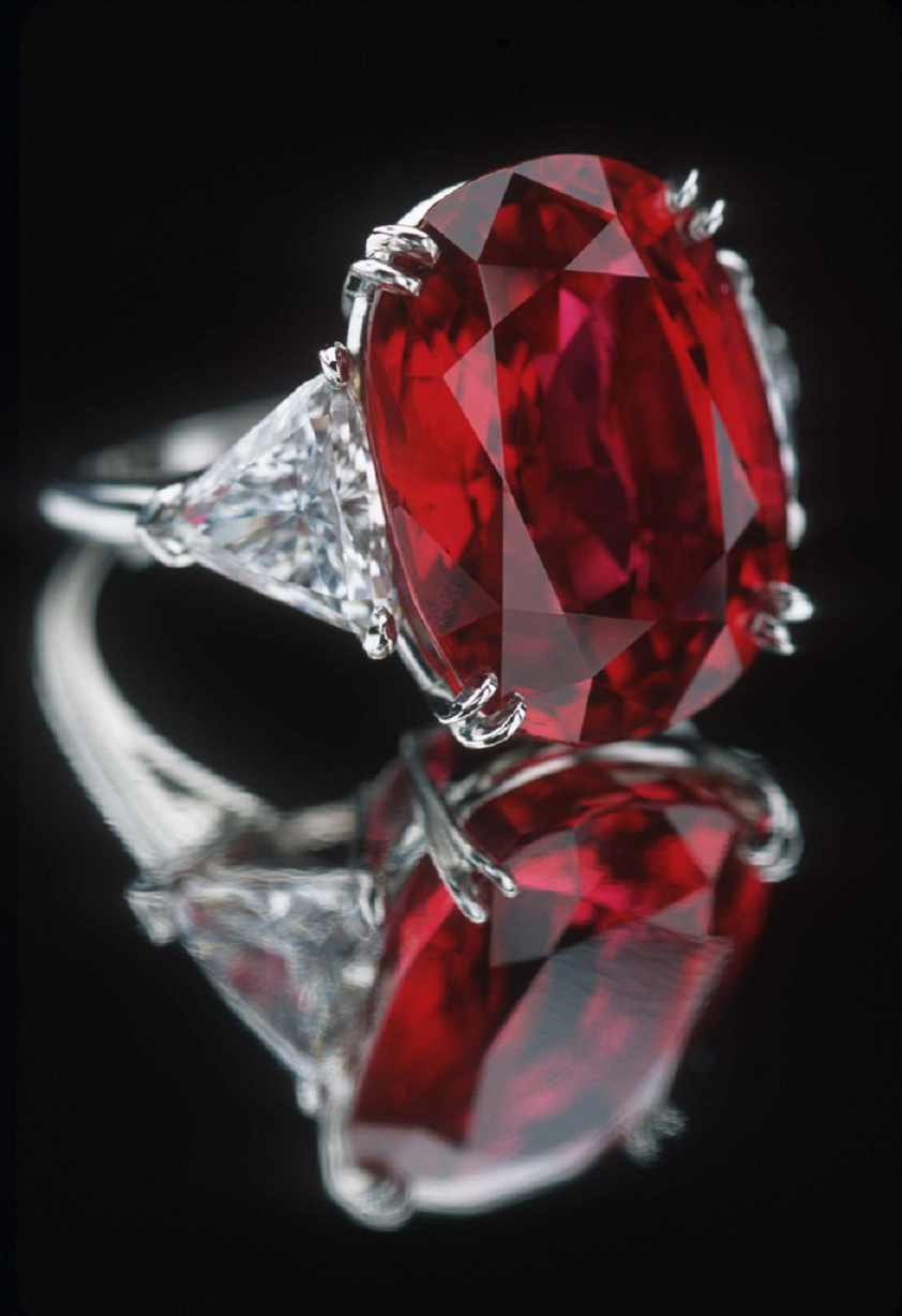 Best massive bling rings 2021 A Beautiful Ring with Red Ruby Stone with Glittering Clear Cut Diamonds