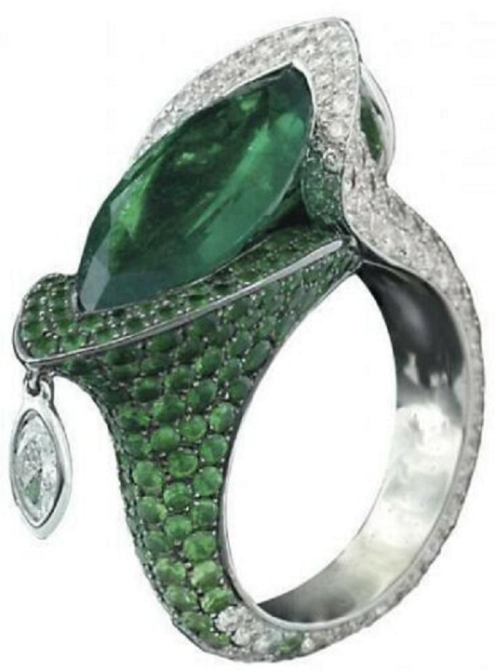 Best massive bling rings 2021 Glittering Beautiful Handmade Marquise & Round Green Emerald & White Ring