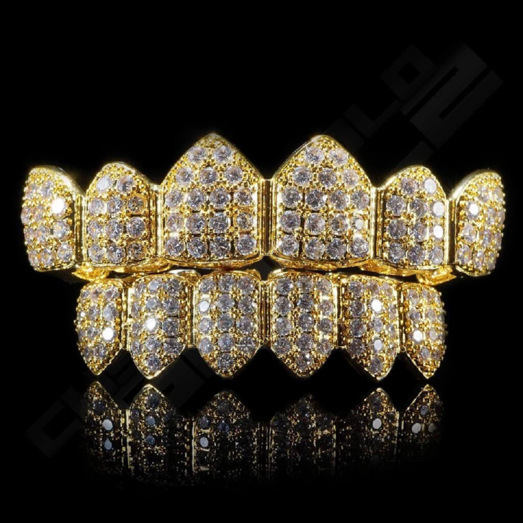 Best Hip Hop Bling 2021 Iced Out Gold Teeth Grillz with Rhinestones