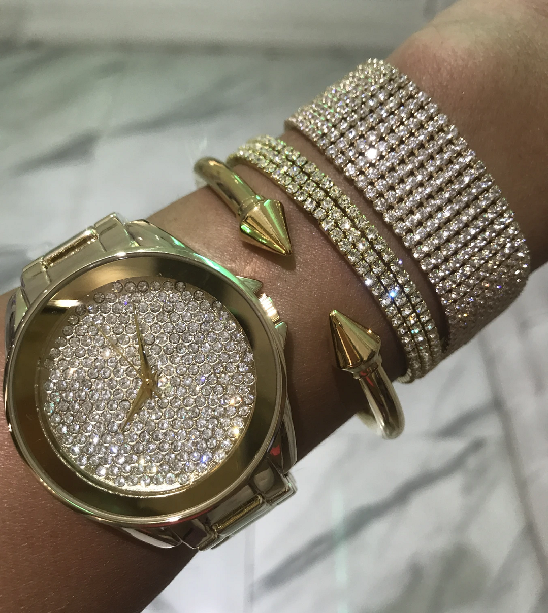 BEST WOMEN'S Bling WATCHES 2021Gold Round Dial Watch with Diamonds and Matching Bracelet
