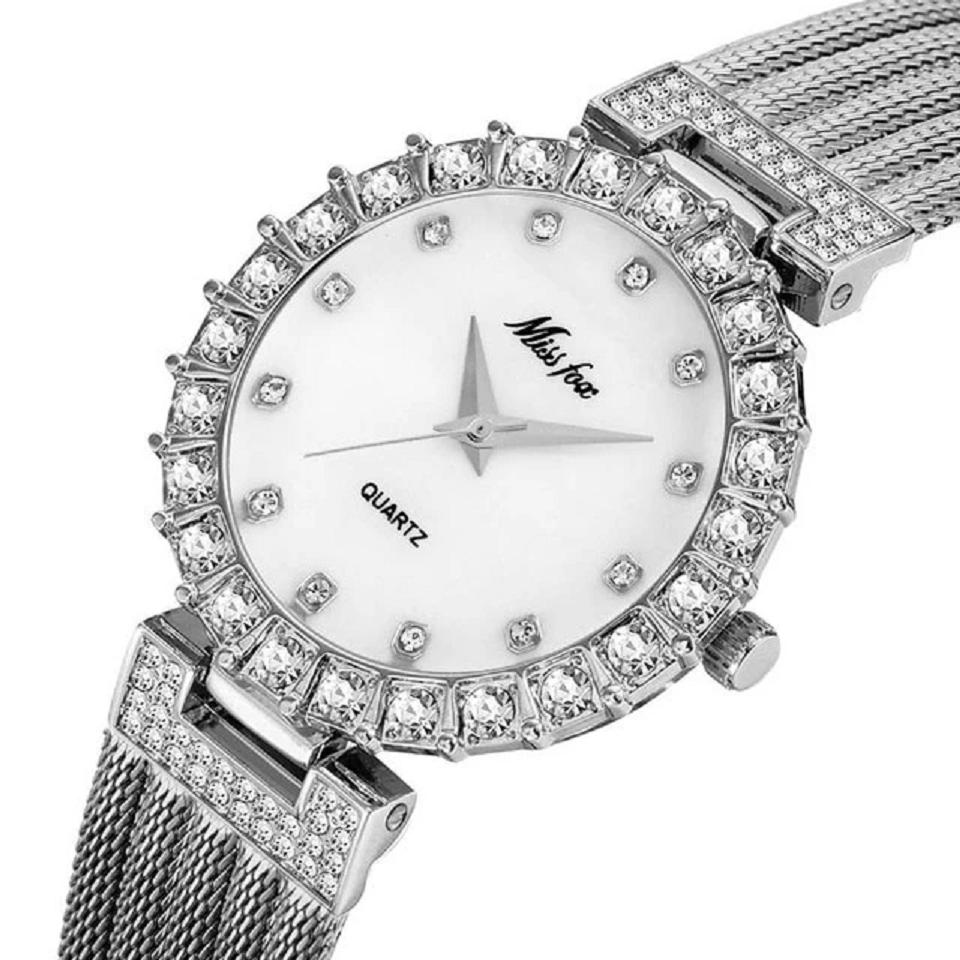 Waterproof Big Lab Diamond Ladies Wrist Watch In Silver