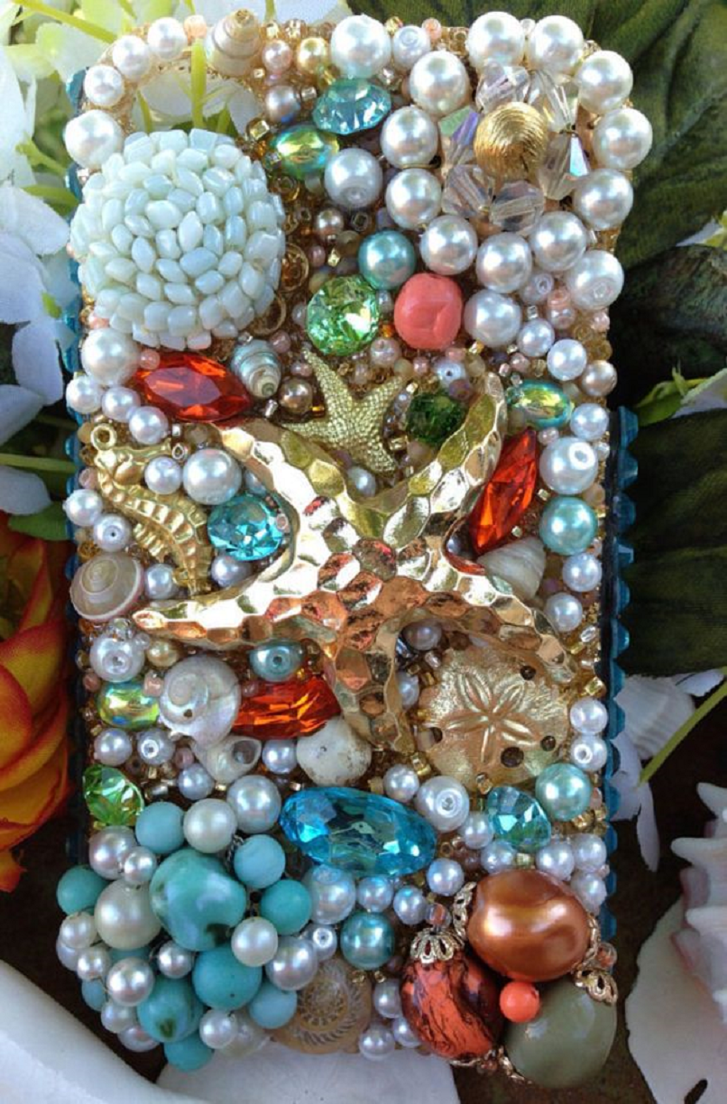 Best Cellphone Case Bling 2021:  Deep-Sea Life Inspired Mobile Case with Pearls, Gems and Rhinestones with A Star Fish