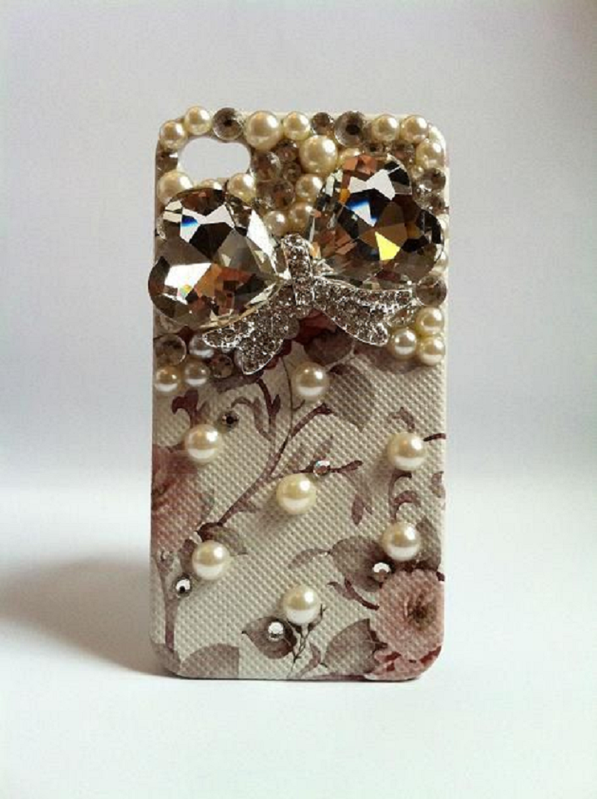 Best Cellphone Case Bling 2021:  Golden Heart Crystals with Pearls and Rhinestones Mobile Back Case