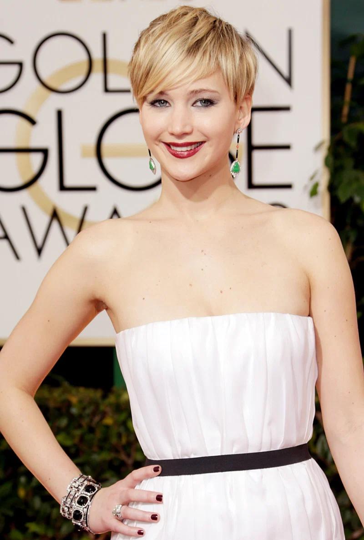 Amazing Hollywood celeb bling Jennifer Lawrence Wearing A Blinged Out Elegant Black and White Art Deco Diamond Bracelets Jewelry
